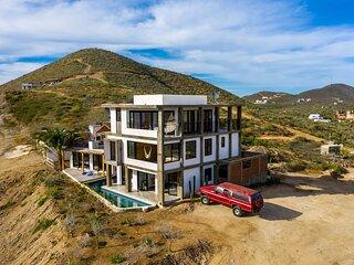Bluff Apartment at Cerritos Suites in Pescadero