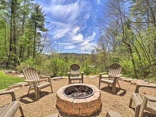 NEW! Woodsy Getaway w/ Hot Tub, Deck & Mtn Views!