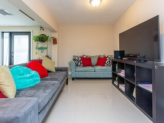 Lovely Vacation House Close to Design District, Wynwood, Midtown and more.......