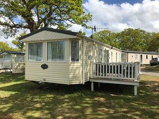 3 Bedroom Caravan BL34, Dog Friendly, Free WiFi, Thorness Bay, Isle of Wight