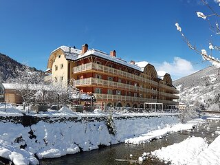 Beautiful apartment in Ponte di Legno with WiFi and 2 Bedrooms (IDD367)