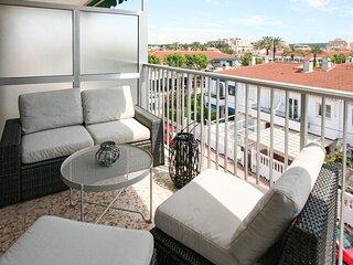 Beautiful apartment in Santa Pola with WiFi and 3 Bedrooms (EBI435)