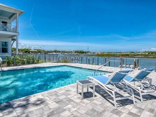 New!! GORGEOUS All New Waterfront Townhouse - Riverfront w/Boat Slip, Pool, Fire