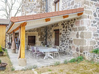 Nice home in Beaulieu with WiFi and 3 Bedrooms (FUH003)