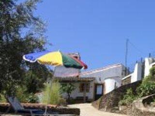 Monte Alecrim- entre campo e praia, holiday rental in Olivenza