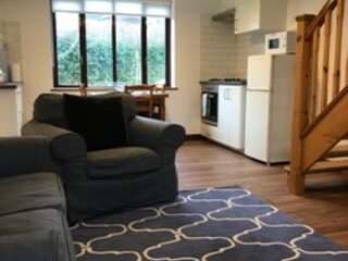 Millbrook House Apartments No 5, vacation rental in Milton