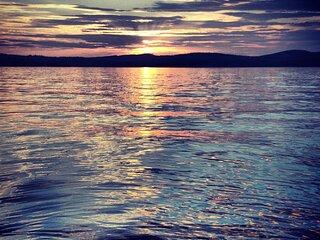 12 Conway Lake Cottage (max 4) 5 min walk to Bay - FREE BIKES KAYAKS WOOD & WIFI