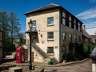 Oliver Cromwell at Sudeley Castle - An old paper mill that has been restored int