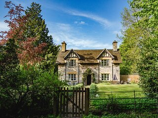 Sudeley Guest Cottage - Delightful country cottage, with a large garden and fabu