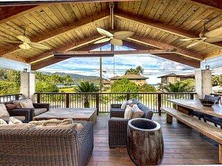 Enjoy beautiful views of Kauai mountains and Hanalei's blue waters. TVR#5123