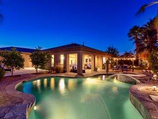 Tropical La Quinta Getaway w/ Pool, Spa & Fire Pit - Near Golf & Dining