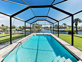 Canal-Front w/ Screened Saltwater Pool, Dock & Boat Lift - Updated Interior!