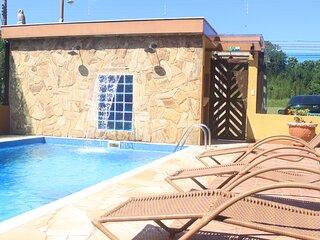 apartamento localizado a 180 metros da praia da lagoinha, trilha das sete praias