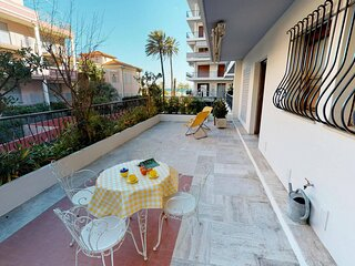 Joli 2Pavec terrasse et garage proche mer
