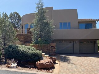 Just Listed!! Amazing Home Located in West Sedona! Great Views! - Calle Diamante