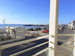 LA TURBALLE ! Face mer, centre-ville et plage à pied !