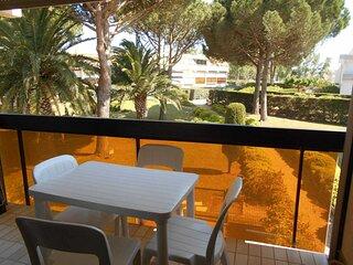 Studio cabine avec jolie vue jardin et proche du seaquarium
