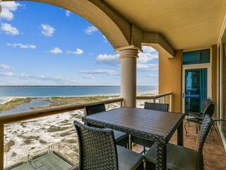 'A Shore Thing' With Gorgeous Island Views - Community Pools and Tennis Courts -