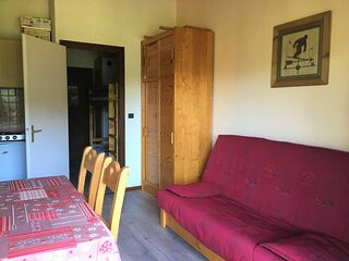 Studio cabine vue et soleil (GRA129)