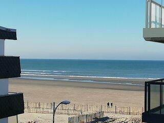 FORT MAHON PLAGE : Appartement type 2 ...a deux pas de la plage.