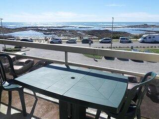 Appartement 2 pieces 4 personnes, superbe vue mer, a 50m de la plage
