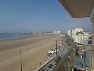 Appartement face mer au centre de la plage