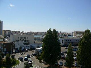 Appartement a proximite du port et de la plage