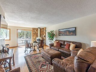 Lovely Ranch-Style Home - On Log Hill Mesa - Mountain Views