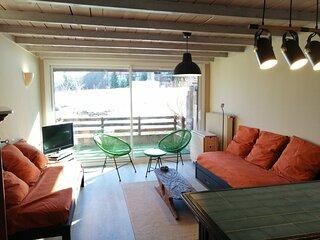 Spacieux studio pour 4/5 personnes, grand balcon expose Sud, centre station Pra