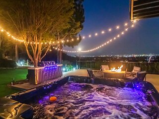 Incredible Villa With Sweeping view in Studio City exclusive neighborhood