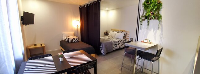 GEST-LOC/APPARTEMENTS MEUBLÉS THE WOOD, holiday rental in Annonay