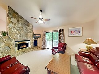 J's Treehouse | Fireplace & 3 Private Balconies | Golf & Heated Pool