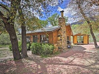 Tonto Nat'l Forest Riverside Cabin!