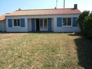 Location Maison Barbatre, 4 pieces, 6 personnes