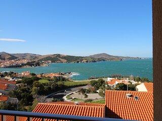 Très bel appartement vue sur la mer, wifi