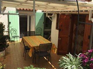 5BLA53 - Maison de pecheurs typique au cur de Port-Vendres