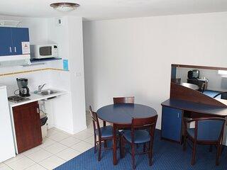 Appartement T3 a 170m des Thermes du Connetable de LA ROCHE POSAY