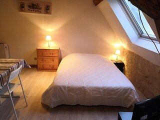 Appartement en Face des Thermes du Saint Roch.