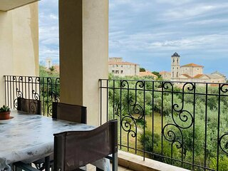 L'Ile Rousse - Appartement vue mer -F2- 212 oliviers