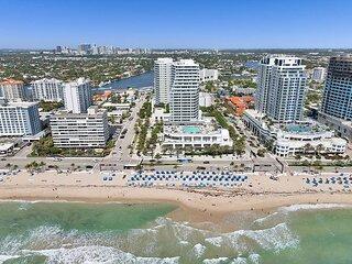 Modern Luxury Beachfront Hotel 2 Bedroom Retreat w/ Oversized Private Patio