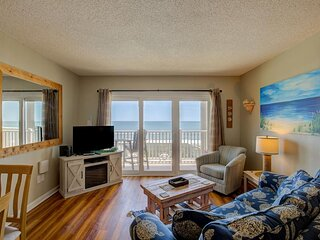 Topsail Dunes 2202 Oceanfront! | Community Pool, Grill Area