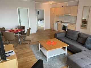 Familien- Appartement mit separatem Schlafzimmer