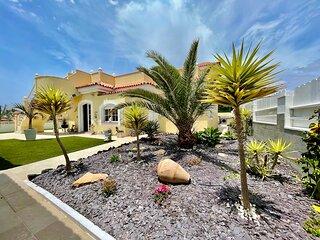 VILLA PARAISO - Lovely 3 bedroom villa on the Golf Resort