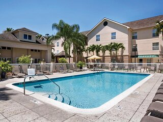 Outdoor Getaway! Comfy Suite Near Parks, Pool