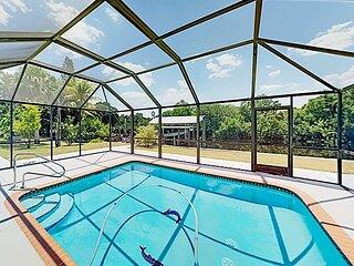 Fort Myers Shores | Enclosed Pool & Patio, Private Boat Dock