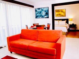 1BR Modern Apartment at Avalon Santa Ana