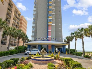 Spectacular Direct Oceanfront 2B/2B Condo- Large Balcony, lazy river- pool