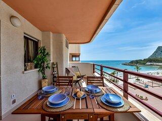 ZAFIRO 15B - Beachfront apartment with pool and sea views