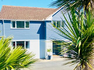 Wavelyn House with hot tub and ocean views. Family and dog friendly.