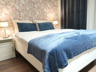 Best location in Stockholms Sodermalm, cozy double bedroom 14 m2